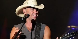 Kenny Chesney Creates Coffee Table Book For Fans